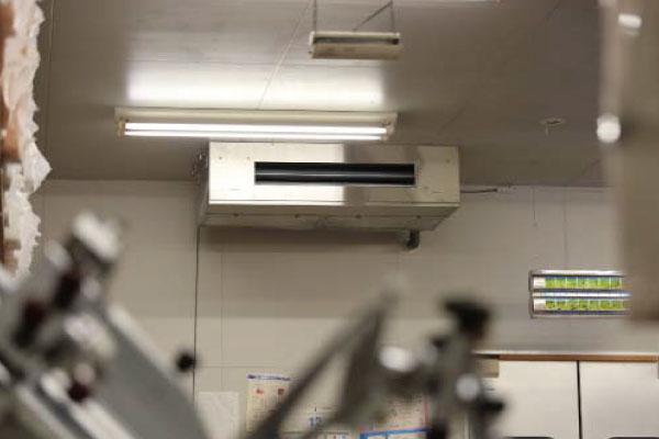 ビル・工場用施設の厨房用エアコン